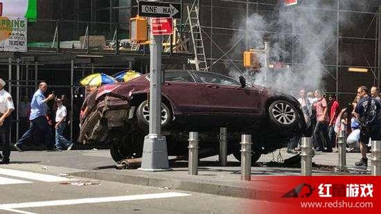 纽约汽车冲撞行人 致1死22伤是否恐怖袭击活动有关吃瓜群众求真相 图片