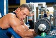 男人锻炼肌肉的正确方法 要掌握呼吸注意时间