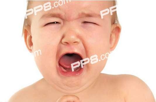 面对哭闹不止的宝宝应该怎么办?妈妈应该如何应对宝宝哭闹不止?