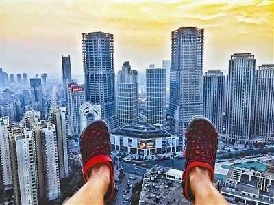 天津爬楼攻略是什么回事 天津爬楼攻略引争议的原因是什么