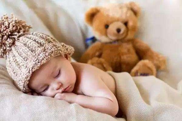 儿童午睡中去世,原因是吃太饱