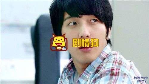 韩国庆熙大学破格录取的爱豆是的谁 是郑容和还是zico
