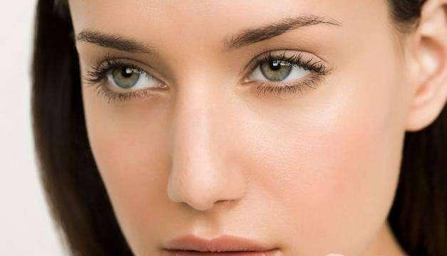 如何消除眼部脂肪粒 这些方法能够帮助你